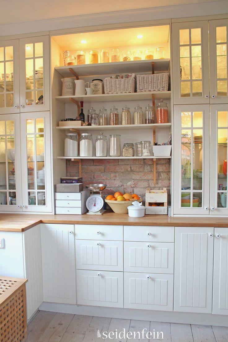 Such a charming kitchen :: seidenfeins Dekoblog: Küchen make-over * little kitc… – Glasses