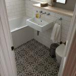 Tips on choosing the right bathroom floor tile - yonohomedesign.com