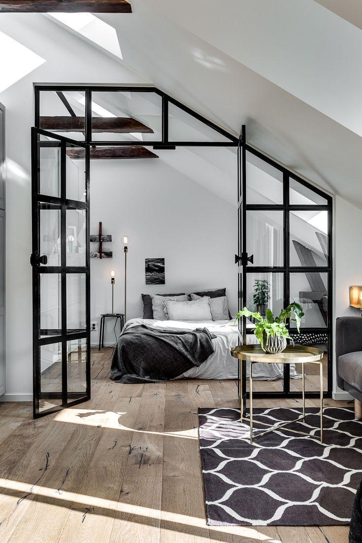 Walnut Residence mit Glaswand öffnet zum Hinterhof – https://bingefashion.com/haus