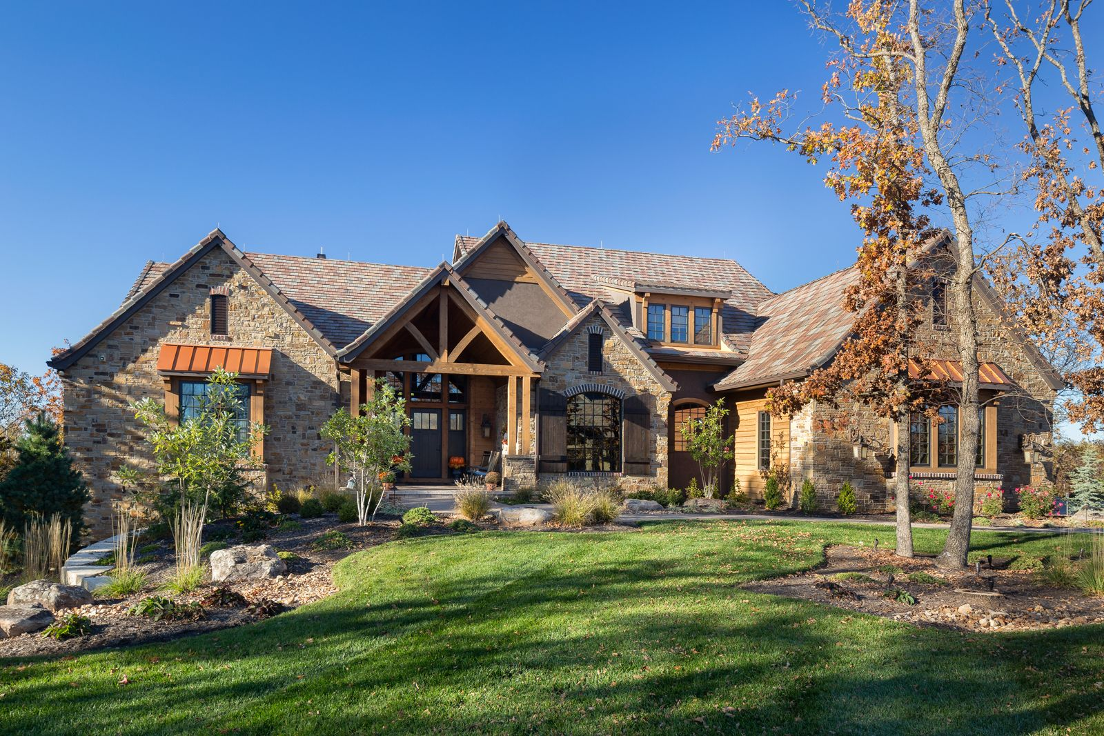 Western Retreat Family-Style Custom Home – Front Elevation: Beautiful, western-s…