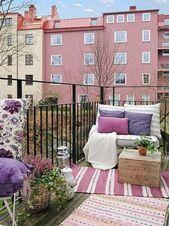 Wohnzimmer im Freien in der skandinavischen Art die Balkon verziert