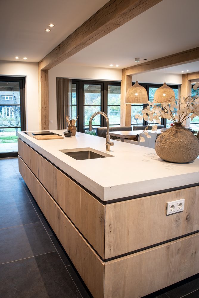 Your dream kitchen can be within reach! With the help of Home Evolutions elite t…