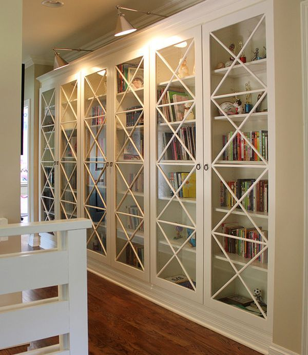 Книжный шкаф со стеклянными дверцами (57 фот…