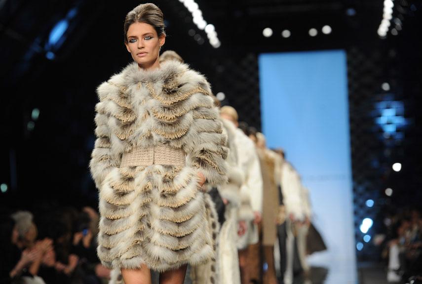 fur fashion model in fur hlyiatv
