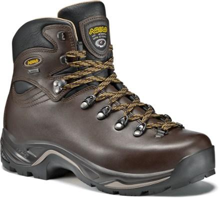hiking boots chestnut fygtcih