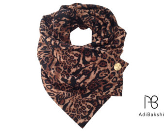 leopard scarf, leopard print scarf , button scarf , animal scarf , chunky oiiccmd