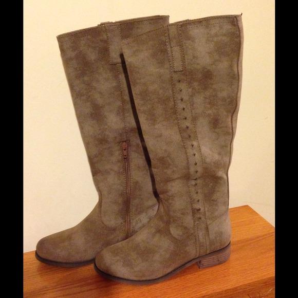 mia boots new mia piper taupe boots 8 adrevna
