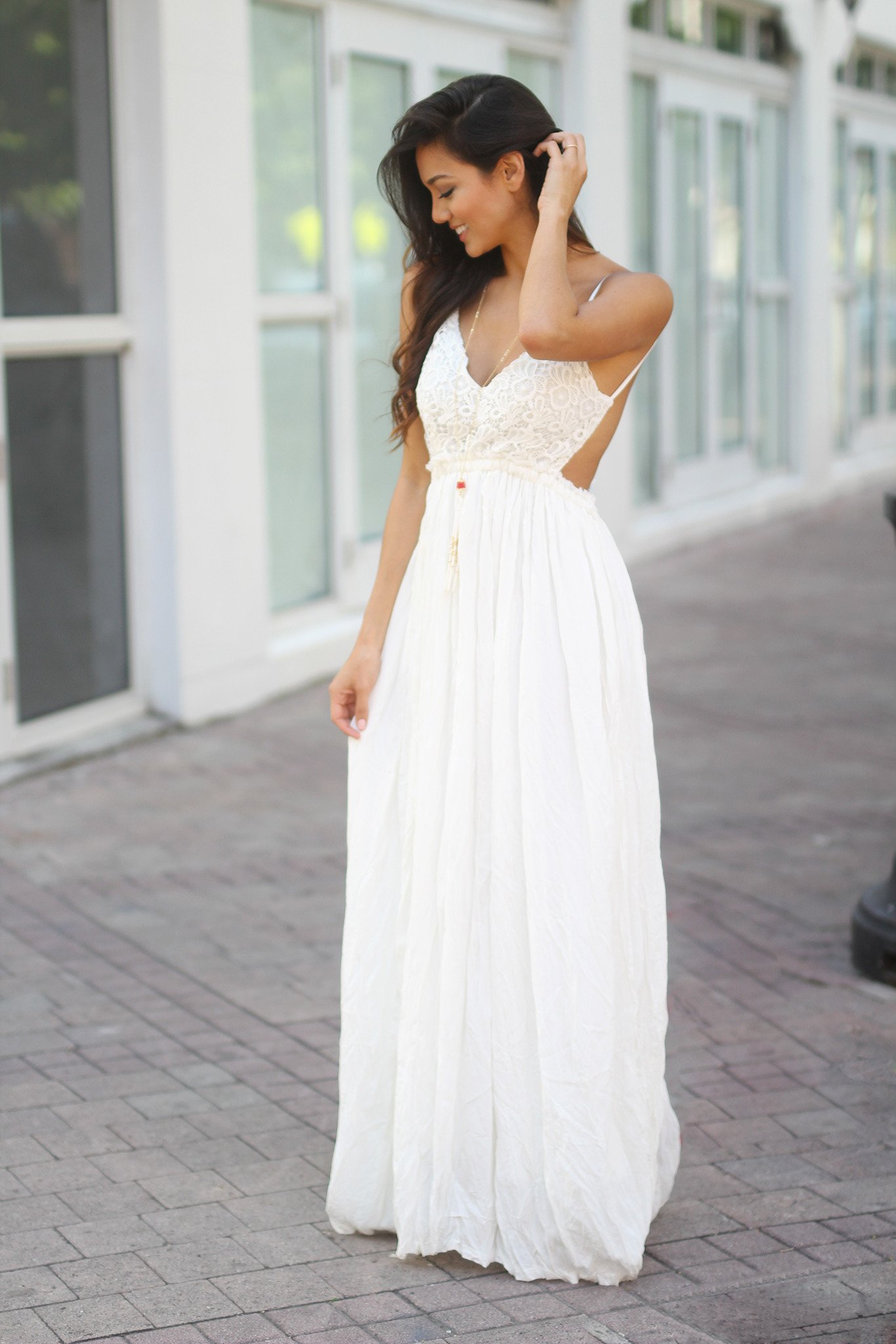 white lace maxi dress with open back krpljmf