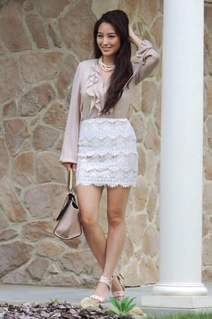 white lace skirt white pearl starfish project necklace - camel oasap bag susujlc